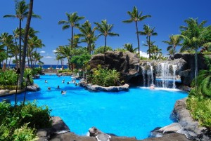 pool-in-paradise-1363196-639x427
